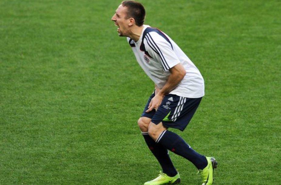 F.Ribery garsėja kaip nepralenkiamas pokštininkas