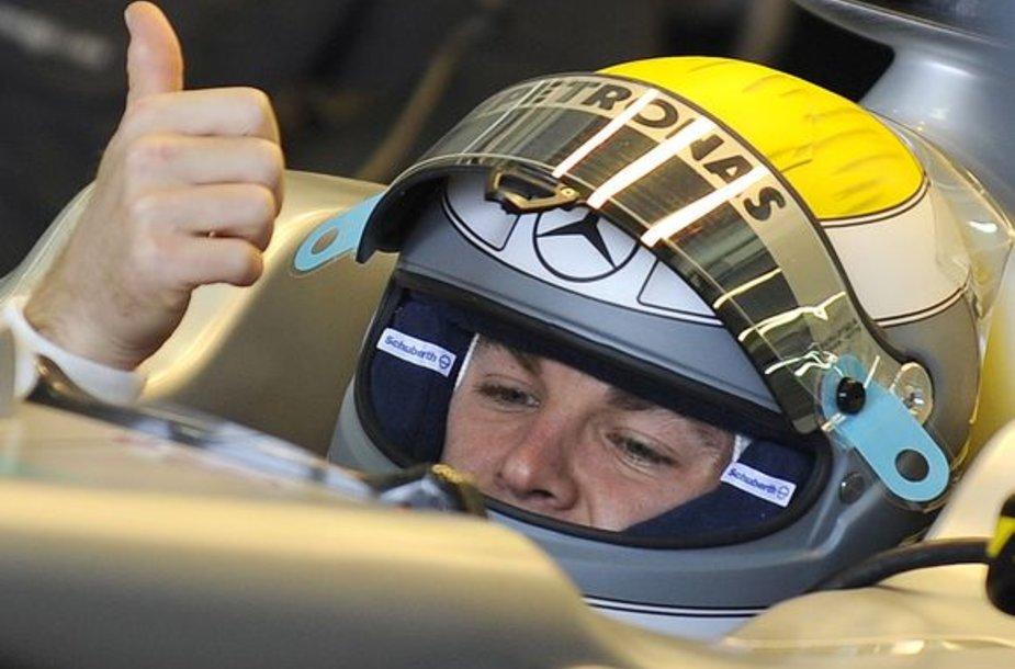 N.Rosbergas Melburne tikisi gerų lenktynių