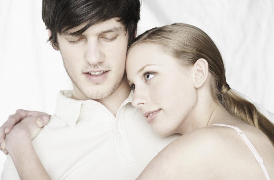 Vyras ir moteris: ar visada jausmi tikri?