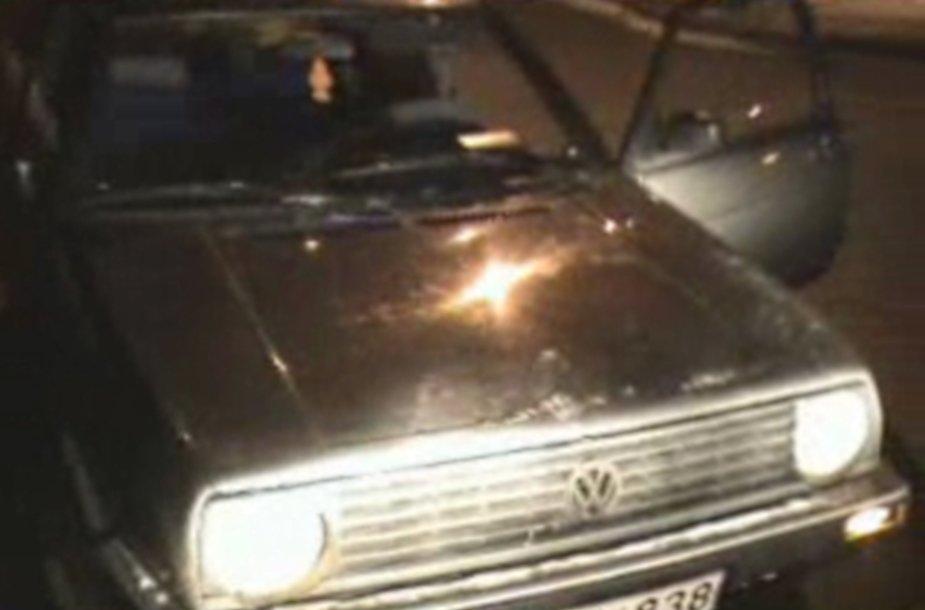 Sulaikytas VW automobilis