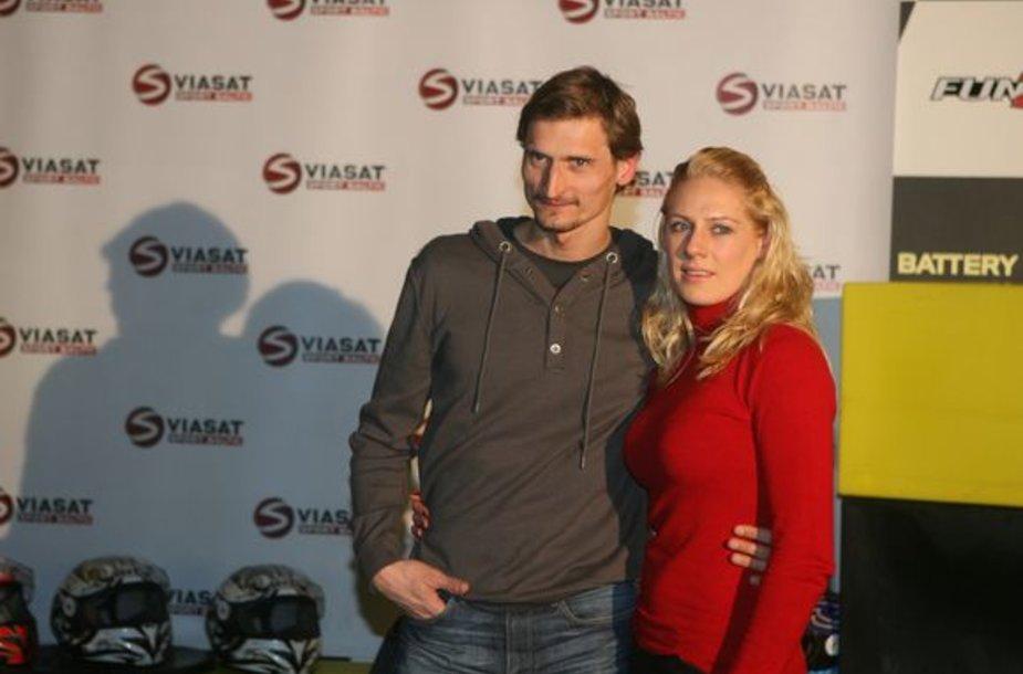 Daugiausiai fotografuojama vakaro pora penkiakovininkas Edvinas Krungolcas su žmona Vesta