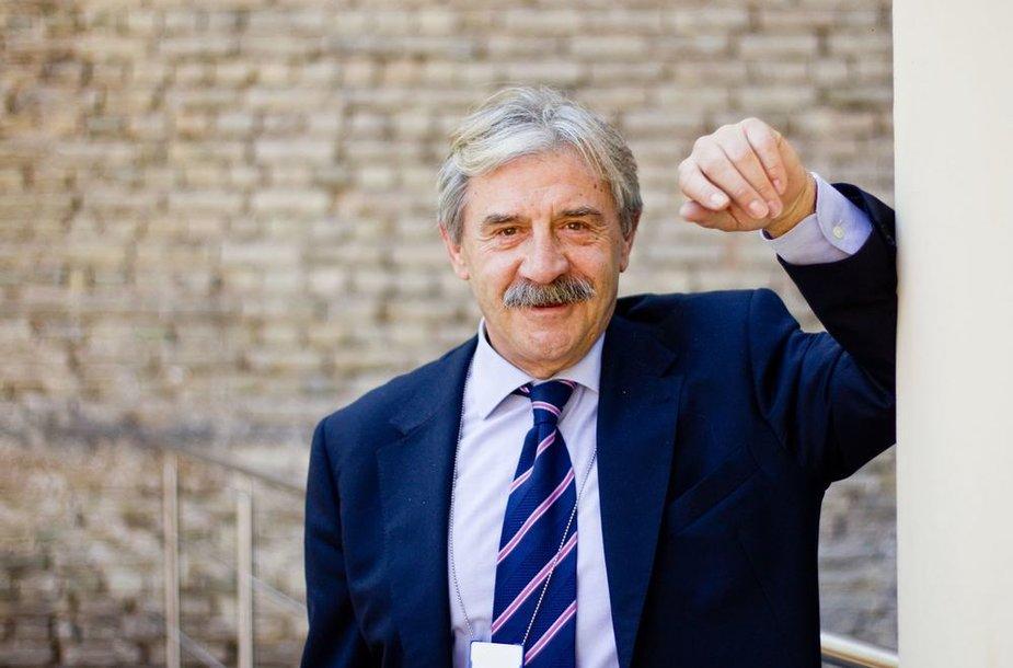 Miguel Arias Estevez