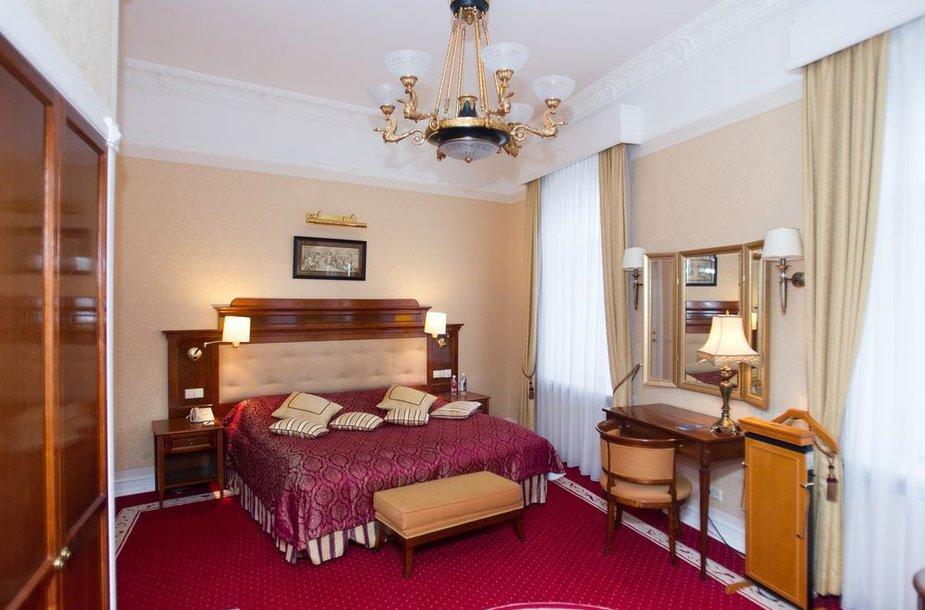 Radisson Blu Astorija prezidentinis kambarys