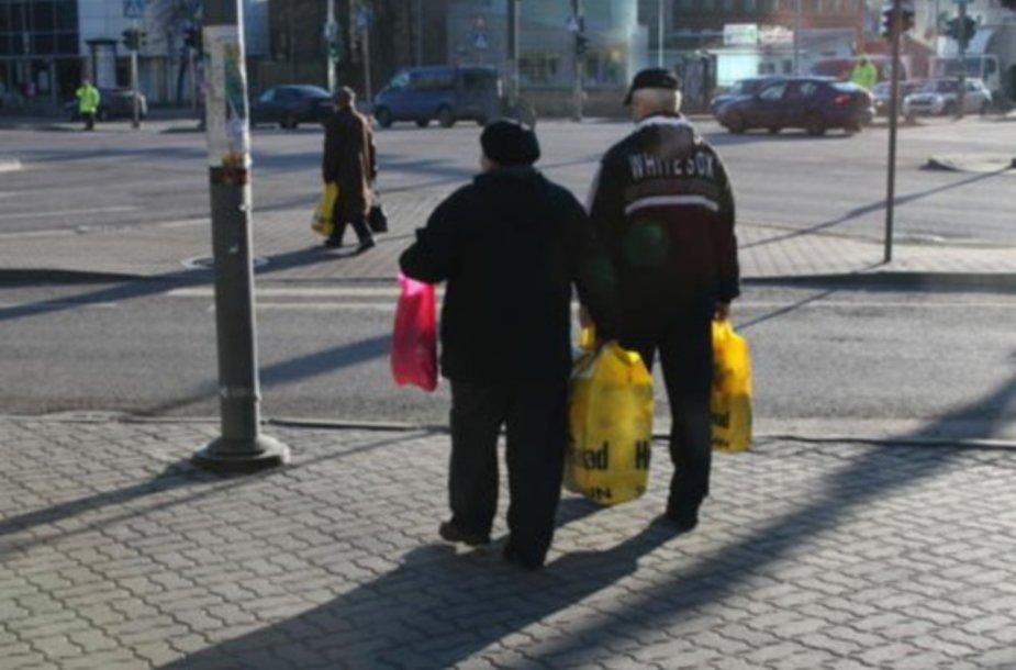 Estijoje pirkėjai irgi pradėti vilioti didelėmis nuolaidomis.