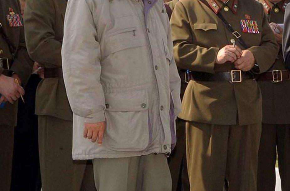 Apie Kim Jong-il turima nedaug patikimos informacijos.
