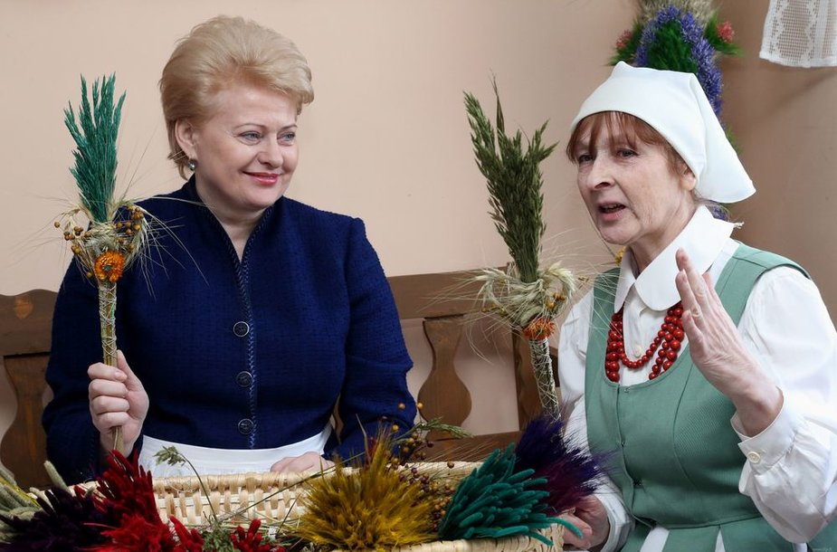 Dalia Grybauskaitė pynė verbas