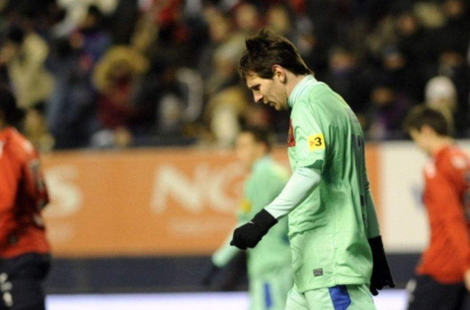 """Visą mačą žaidęs Lionelis Messi neišgelbėjo """"Barcelona"""" nuo pralaimėjimo."""