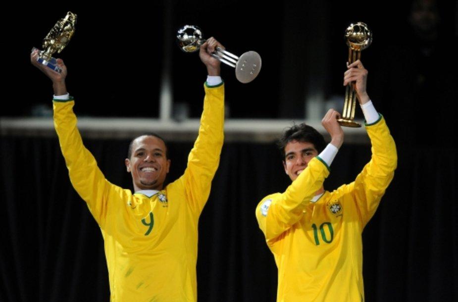 Geriausiu Konfederacijų taurės futbolininku buvo išrinktas brazilas Kaka (d.), o rezultatyviausiu tapo jo tautietis L.Fabiano.