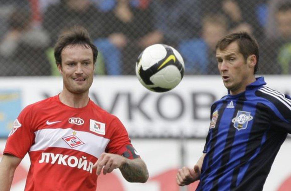 """Principinė """"Saturn"""" (dešinėje) ir """"Spartak"""" dvikova pasibaigė šeimininkų pergale 2-1"""