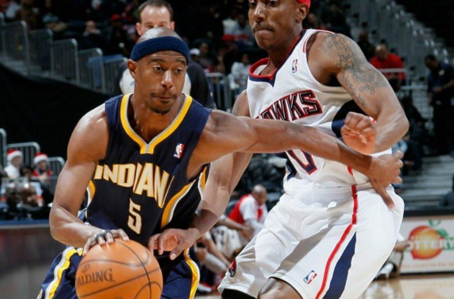 T.J.Fordas (kairėje) NBA lygoje rungtyniauja nuo 2003 metų.