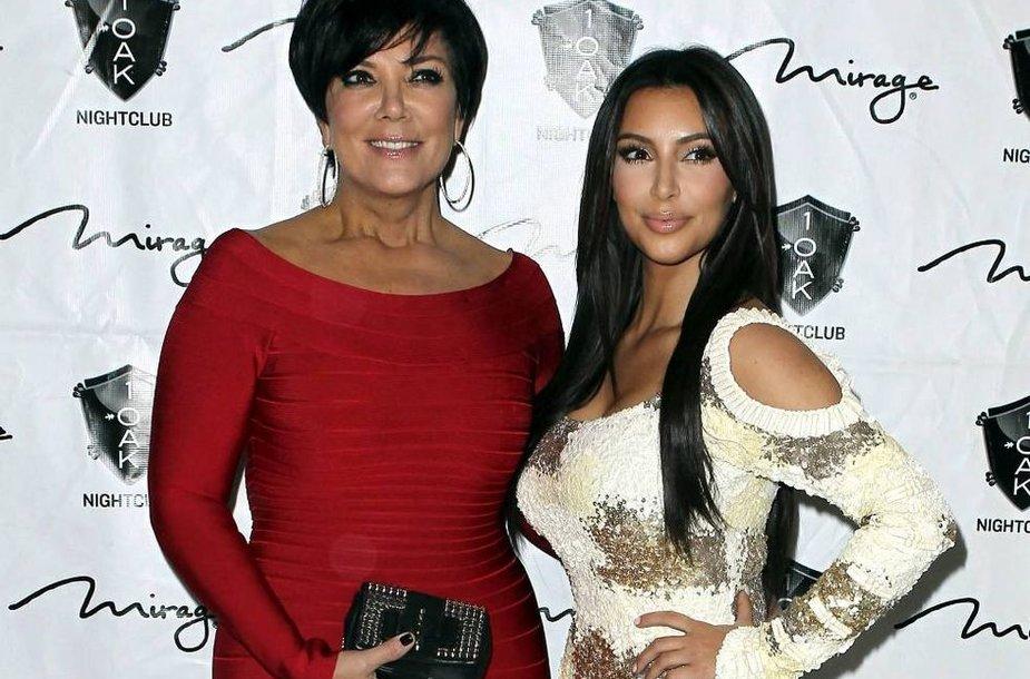 Kim Kardashian su mama Kris Jenner