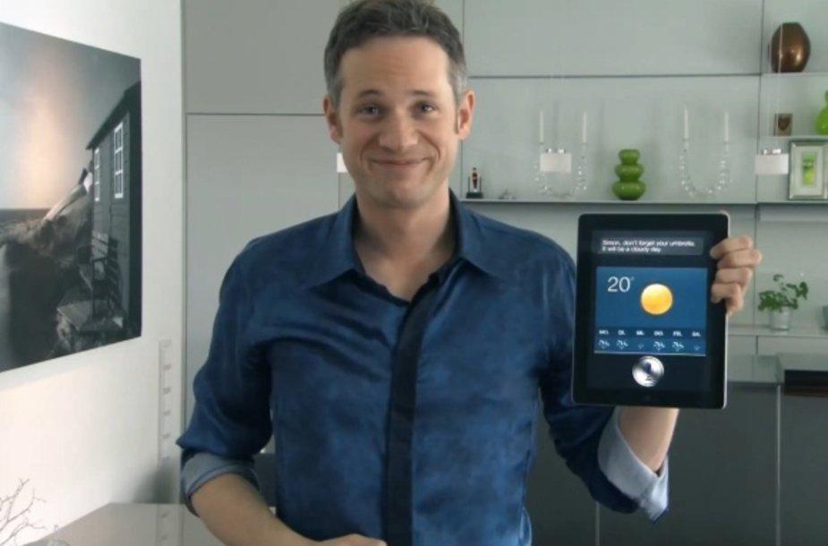 """Remiantis mago Simono Pierro demonstracija, """"iPad 3"""" turės valdymo balsu asistentą """"Siri""""."""