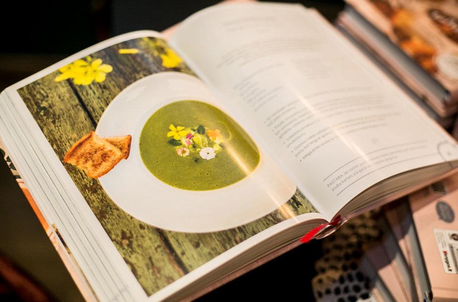 """Kulinarinė knyga """"Prancūzijos virtuvė"""""""