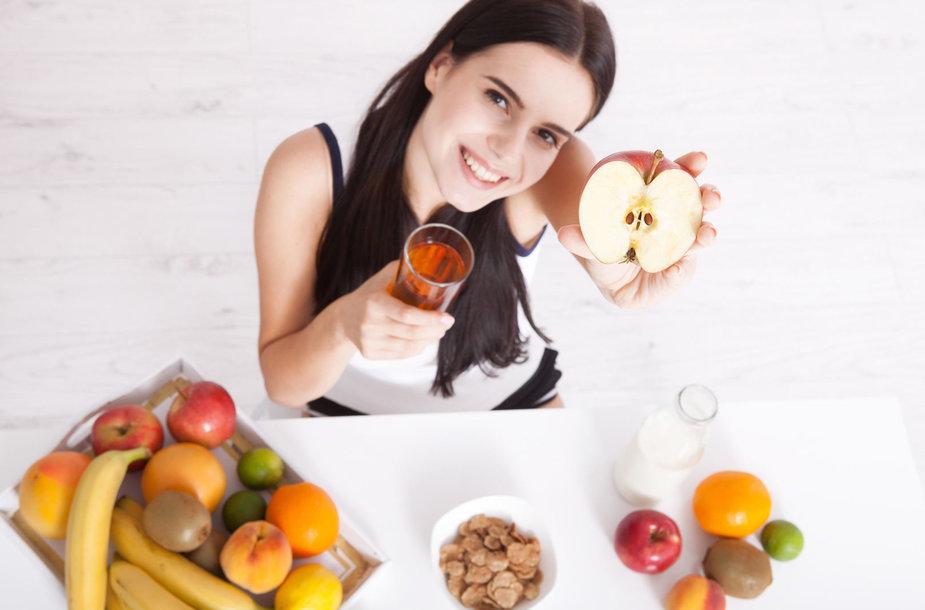 Mergina valgo vaisius