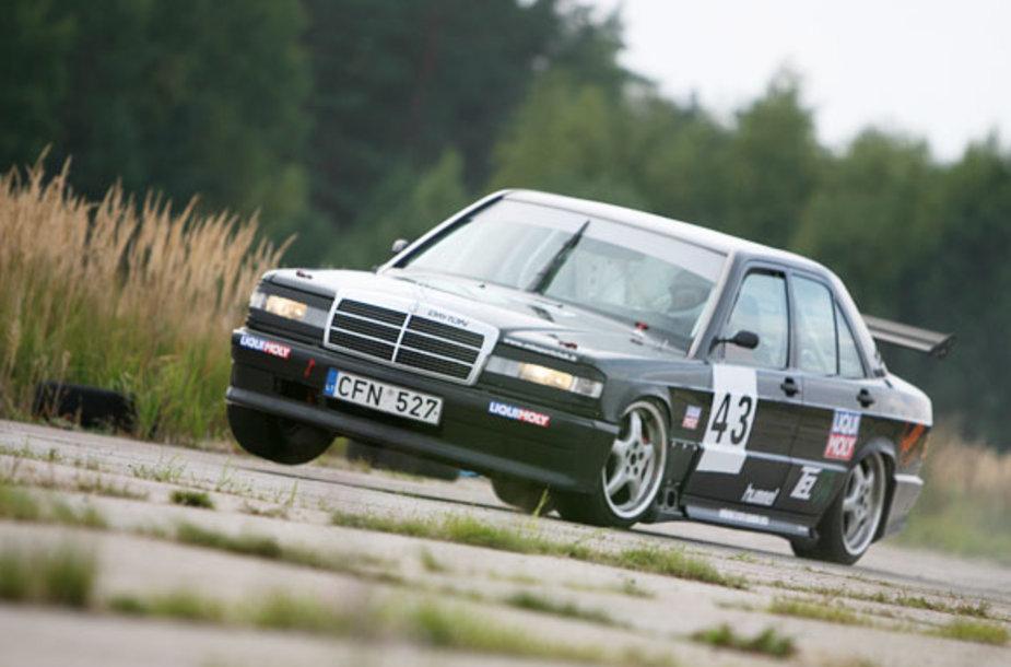 Nuotraukos iš Lietuvos automobilių Mini žiedinių lenktynių pirmenybių III etapo