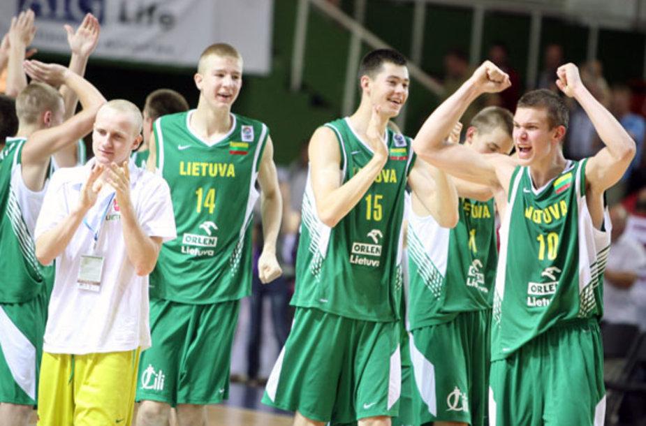Lietuvos jaunučių rinktinė įveikė Prancūzijos komandą.