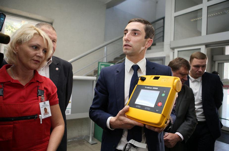 Defibriliatoriaus pristatymas