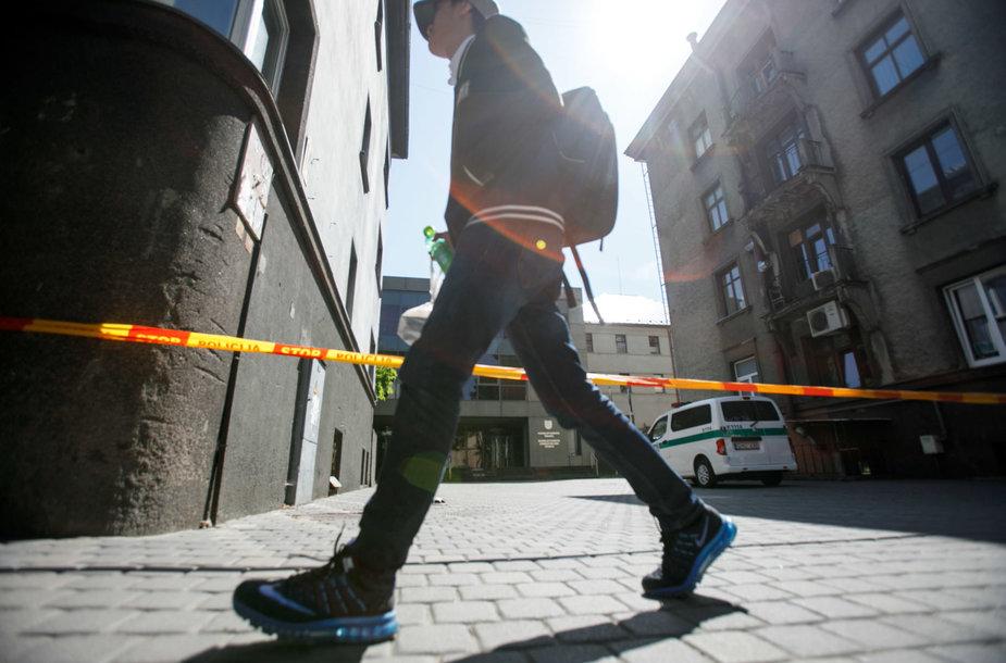 Iš Kauno apygardos teismo evakuoti visi žmonės