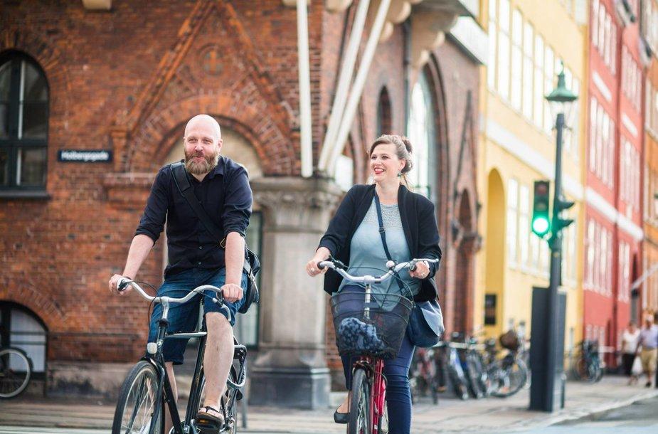 Kopenhagoje gyvenanti Evelina Garnelytė su draugu jau neįsivaizduoja kasdienybės be dviračio