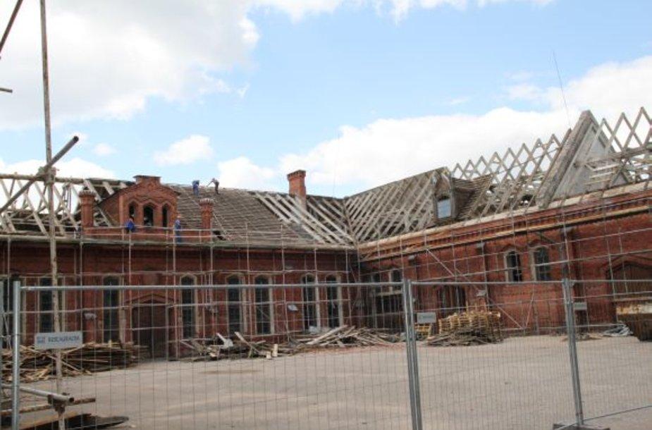 Visuomenei Raudondvario dvaras vėl bus atviras 2013 metais