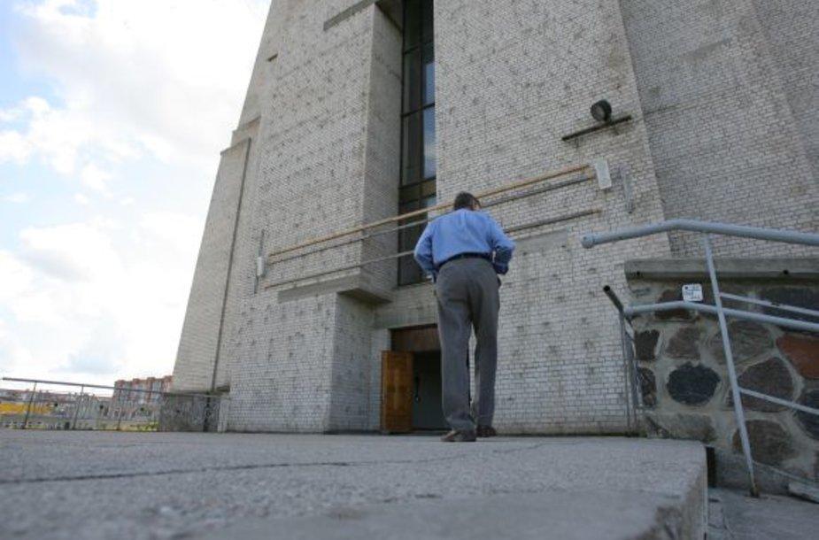 Paauglys buvo apvogtas prie Klaipėdos Šv. Juozapo Darbininko bažnyčios.