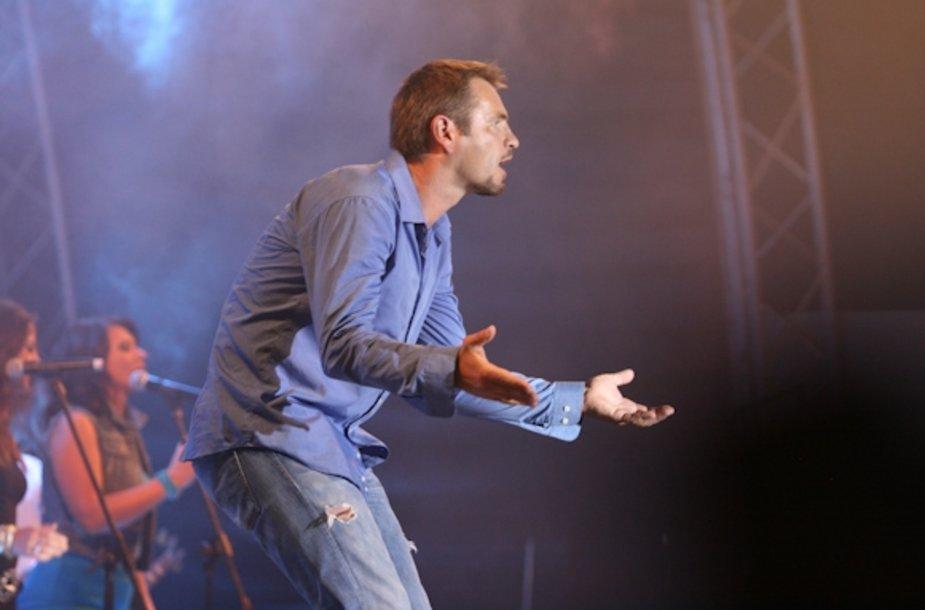 Marijono Mikutavičiaus koncertas sutraukė minias žiūrovų.