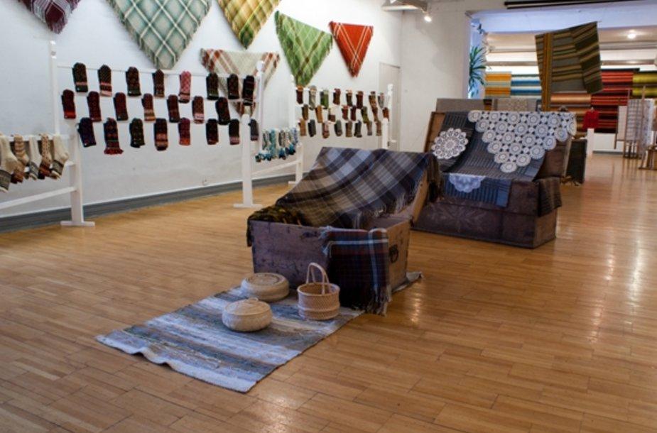 Parodoje bus eksponuojami tradiciniai latvių tekstilės gaminiai.