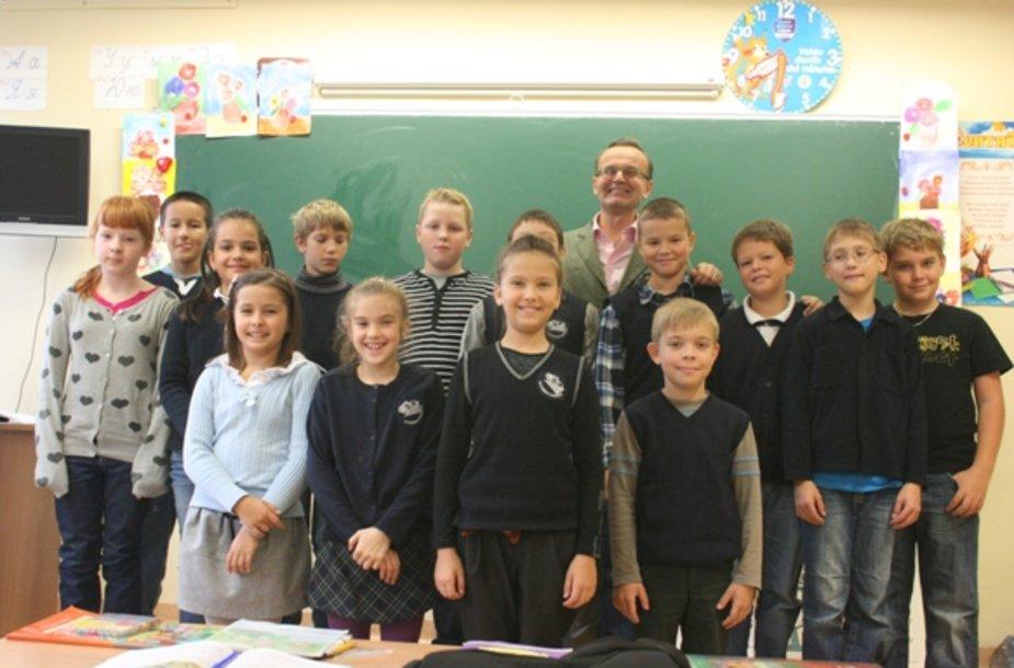 Metų pedagogu šiais metais tapo M.Gorkio pagrindinės mokyklos pradinių klasių mokytojas Jurijus Šapenkovas.