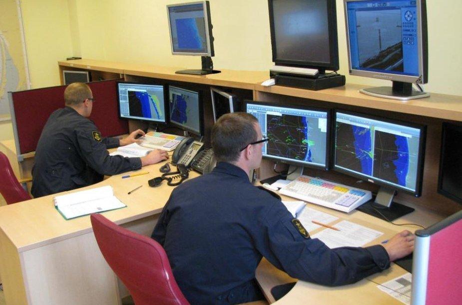 Radarai Karinių jūrų pajėgų valdymo centro biure užfiksavo kaip kirsta Lietuvos-Rusijos siena.