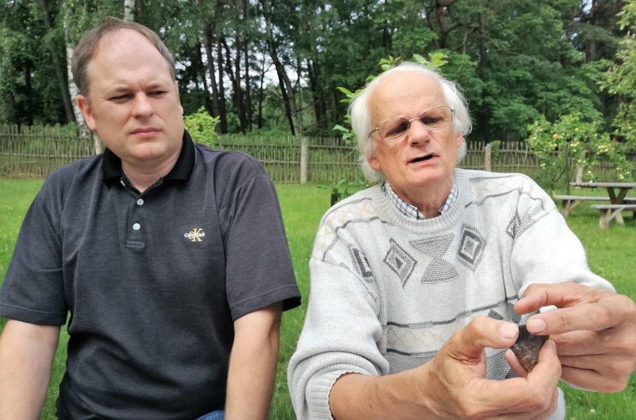 Mokslininkai Klaidas Perminas ir Algirdas Girininkas (dešinėje)