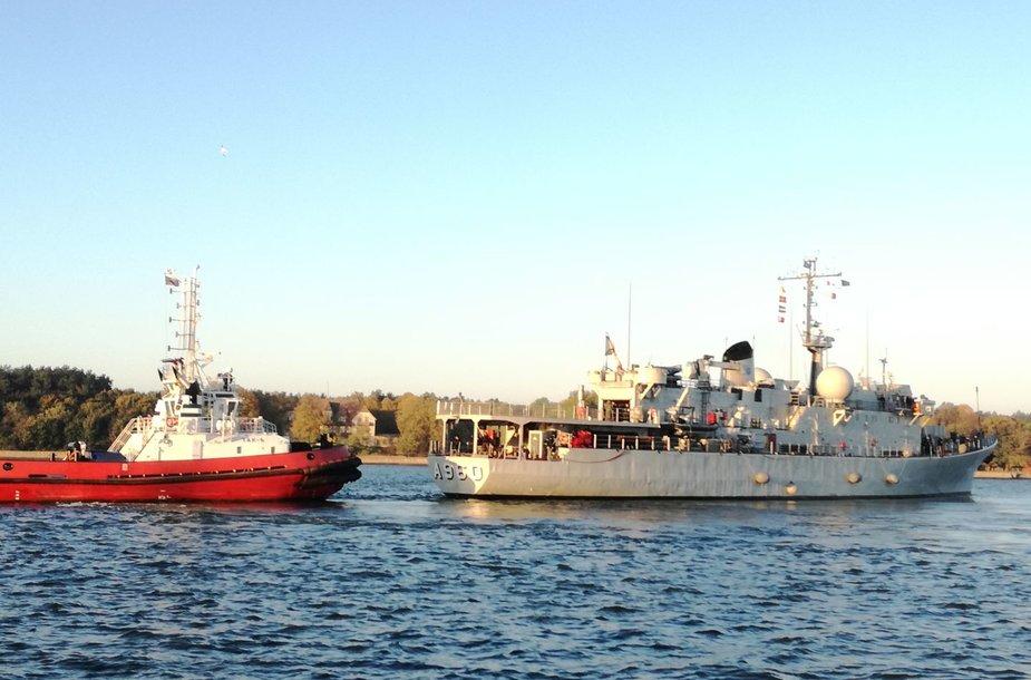 Į Klaipėdą atplaukė NATO kariniai laivai.
