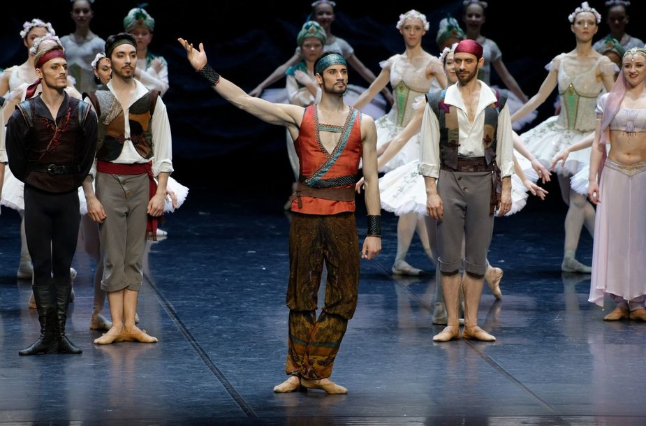Baleto šokėjas Jonas Laucius