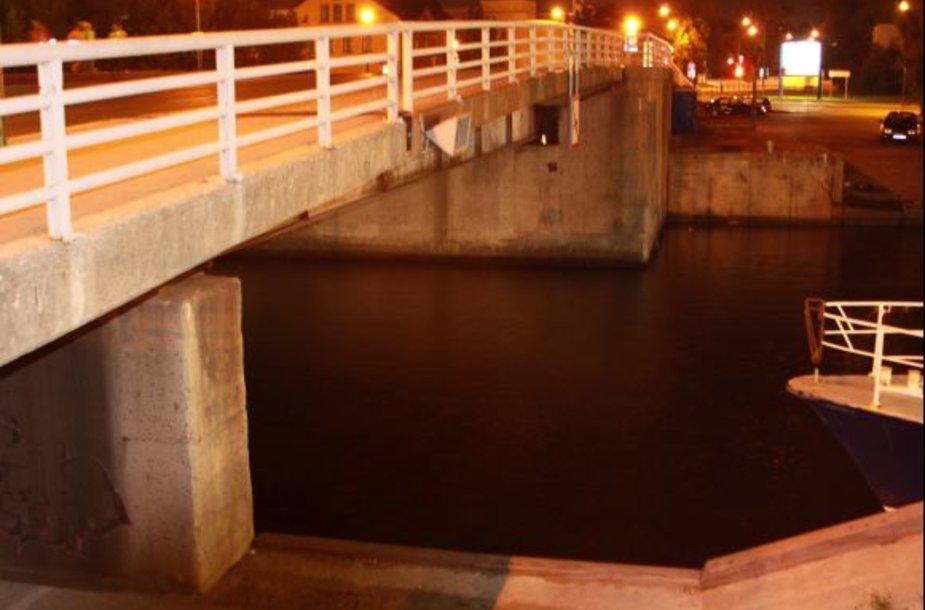 Pilies tiltas.