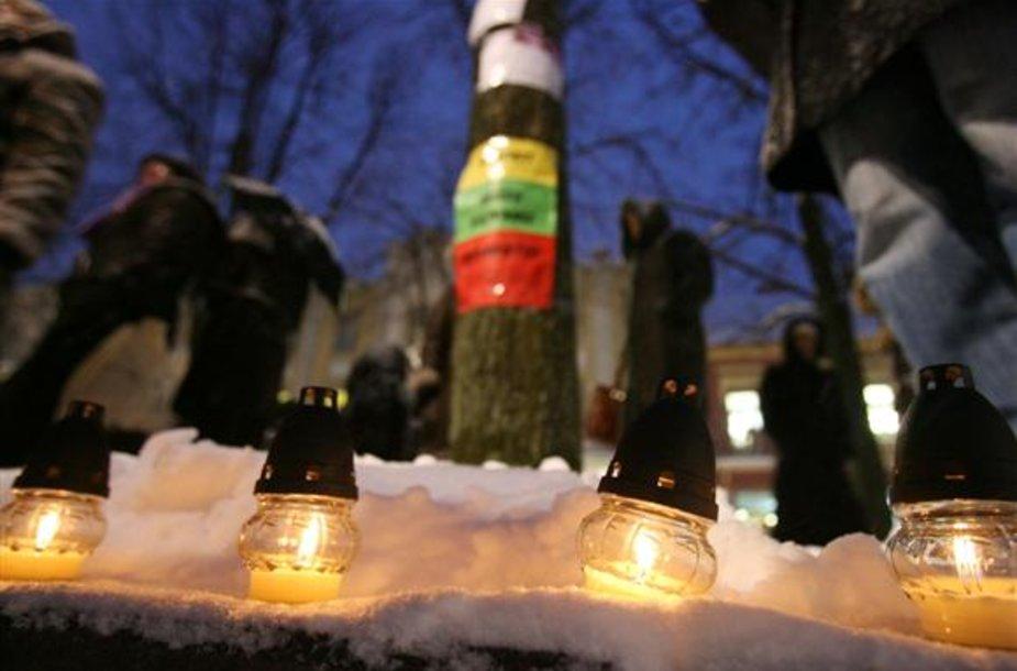 Protesto akcijų metu savo nusivylimą ir pyktį teisėsaugininkų darbu išreiškusių kauniečių veiksmais susidomėjo Kauno policija, jau užvedusi tris bylas.