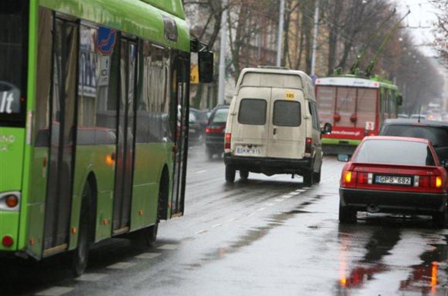 Viešojo transporto juosta Kaune, Kęstučio gatvėje.