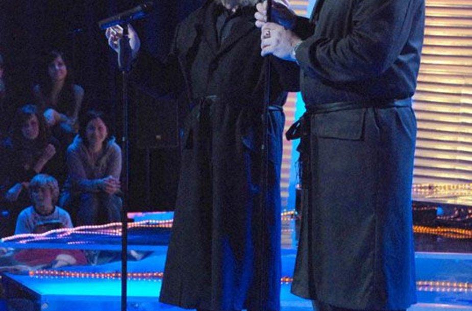 """Foto naujienai: A. Orlausko ir Faros dalyvavimas """"Žvaigždžių duetuose"""" pakibo ant plauko"""