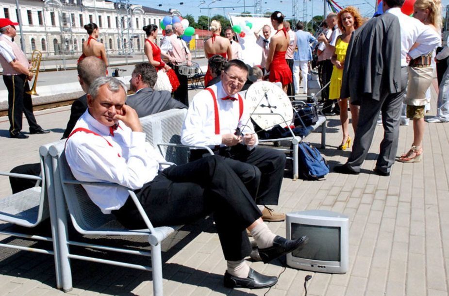 """Foto naujienai: LNK """"Pramogų traukinys – visu greičiu"""" į naująjį sezoną"""