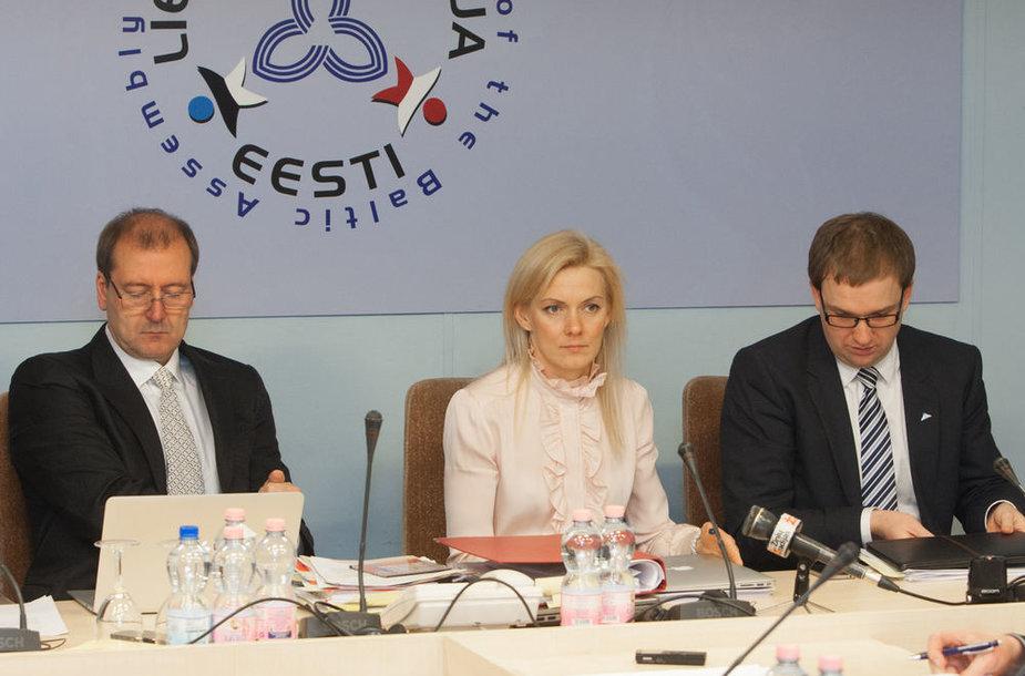Iš kairės: Viktoras Uspaskichas, Vitalija Vonžutaitė, Vytautas Gapšys