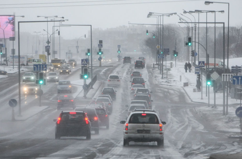 Sniegas gatvėse