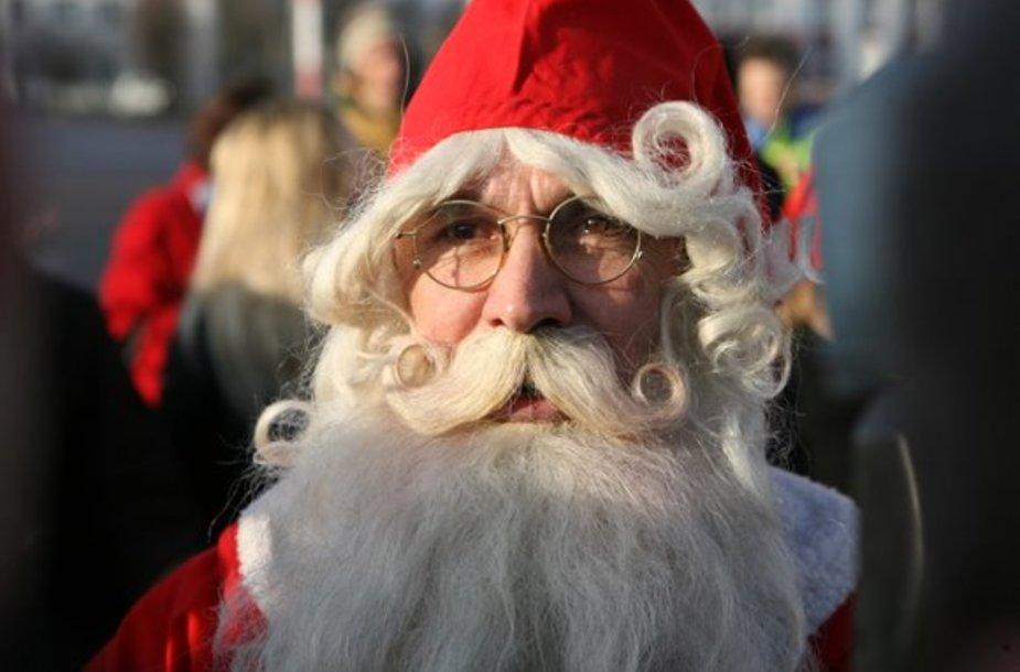 Tikrasis Kalėdų senelis Joulupukki pasveikino Lietuvos vaikus