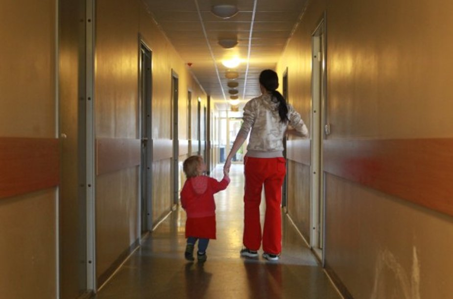 Į Nakvynės namus ne vieną moterį atginė šeimoje patirtas smurtas.