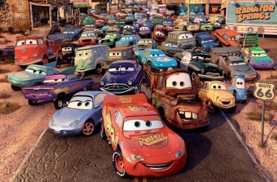 """""""Cars"""" filmas"""