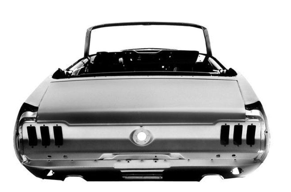 """Naujas šešiasdešimtųjų """"Ford Mustang"""" kėbulas"""