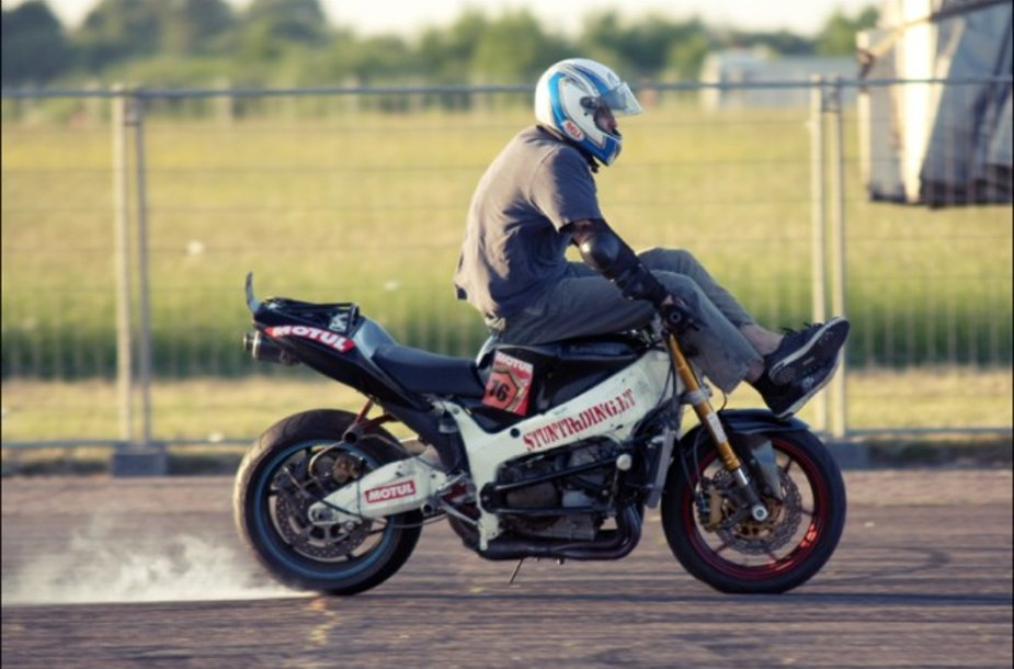 """""""Bike Show Millennium 2011"""" drebins Kauną"""