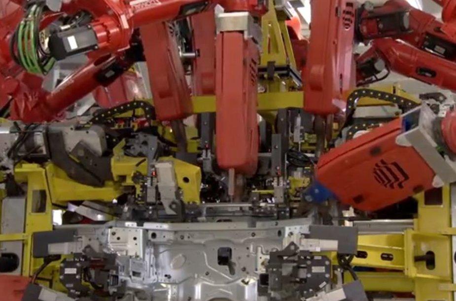 """""""Fiat Panda"""" gamybos procesas"""