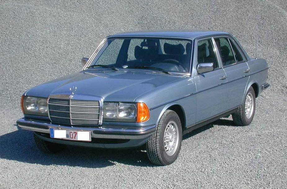 """""""Mercedes-Benz W123"""""""