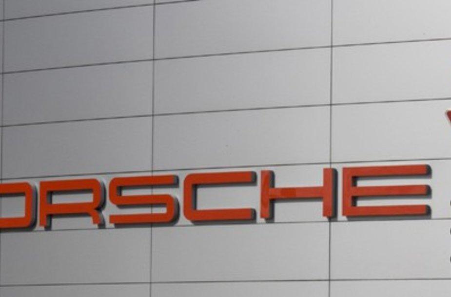 """""""Porsche"""" patyrė milijardinius nuostolius"""