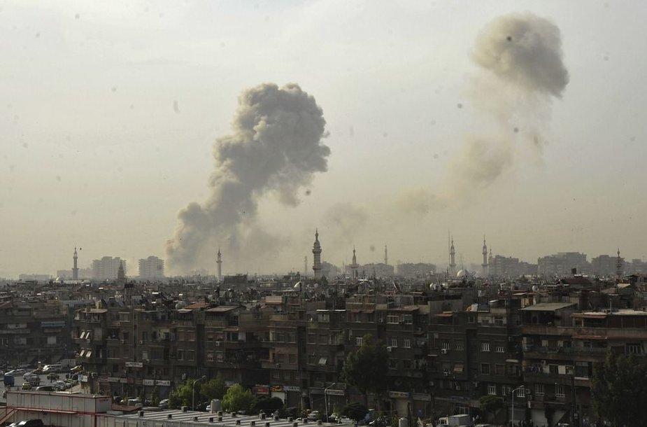 Dūmai virš Damasko