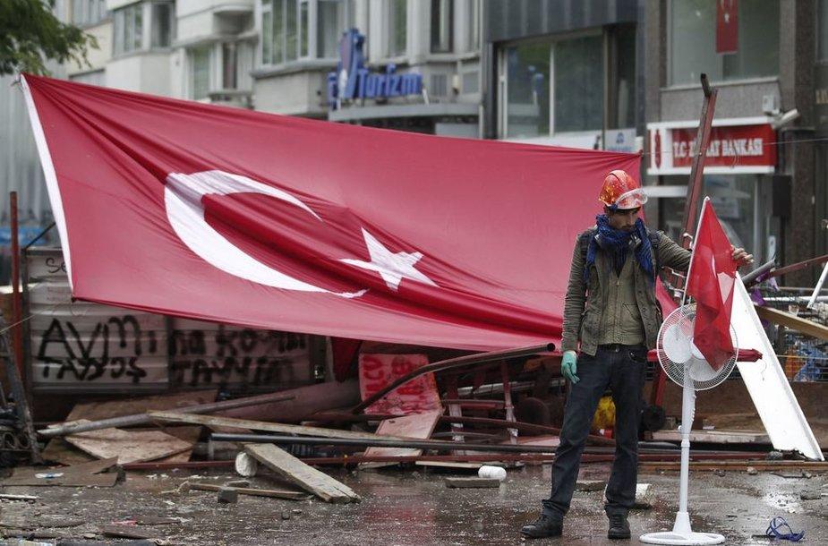 Protestuotojas Turkijoje