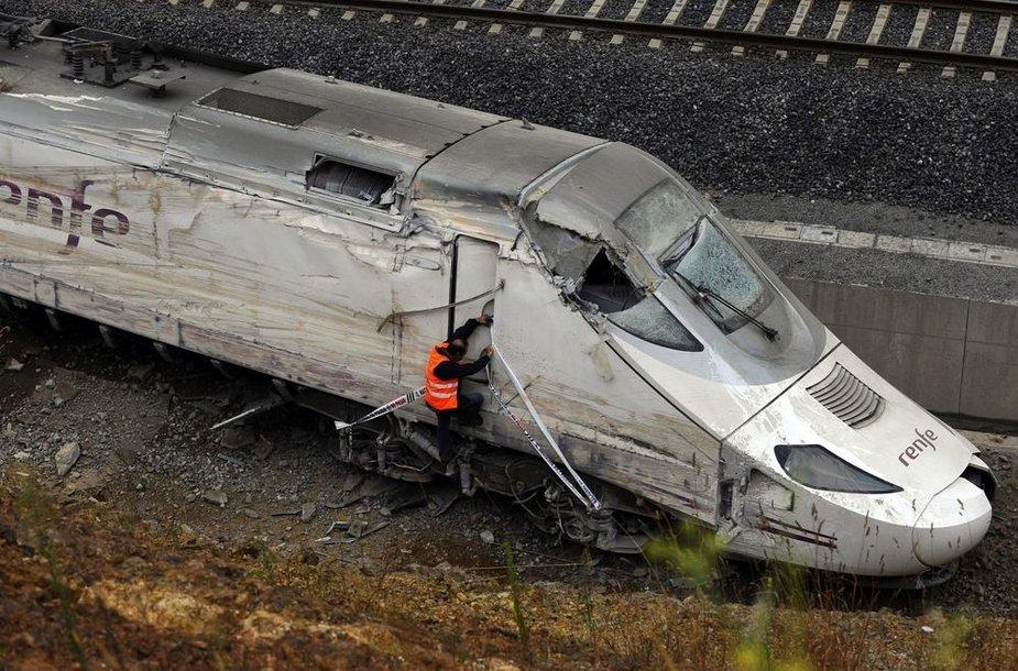 Traukinio katastrofa šiaurės Ispanijoje, šalia Santiago de Compostela
